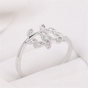 MP Micropave Setting of AAA Quality White Clear CZ Stones Pave Nature Spring Leaf and Vine Ring Silver Color 18K Gold Plated Gift for Her Promise Ring Engagement Ring Anniversary Ring Chic Ring Party Ring Must Have Ring US 5