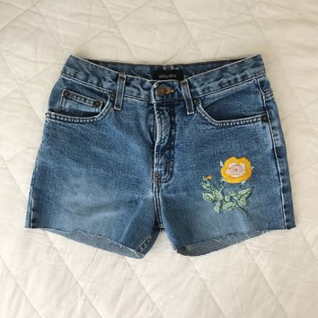 bright and sunny floral embroidered shorts • size 4
