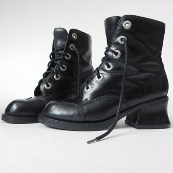 90s Zodiac Black Leather Lace Up Chunky Heel Grung Boots - Vintage Women's Goth Biker Ankle Boots - Size 8.5