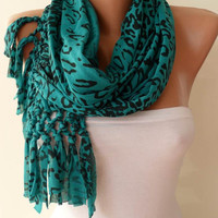 Trendy - Green and Black Leopard Scarf - Combed Cotton Fabric