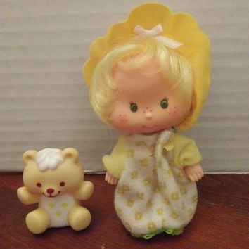 vintage 1980's strawberry shortcake butter cookie doll with jelly bear pet