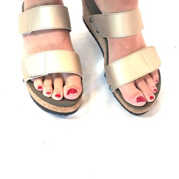Two Way Streetscape Gold Sandal