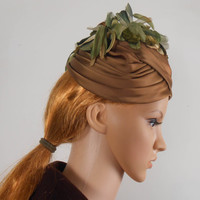 Mid Century Bambergers of NJ Hat - Light Brown and Green Cloche Hat - Free US Shipping