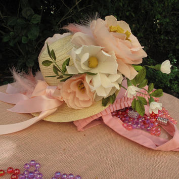 Little Girl Tea Party Hat and Gloves / Kids Costumes / Outfits / Kids Special Occasions / Birthday Parties / Favors