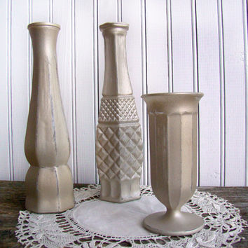 Distressed Painted Vases for Wedding Decor, Rustic Chic Wedding, Centerpiece Vases, Set of 3, Burnished Gold, Parties, Showers, Celebrations