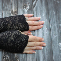 Siyala // Black Lace Mittens, Gothic Dark Tribal Costume Dance Cuffs, Gothic Black Gloves, Dark Bohemian Garnet