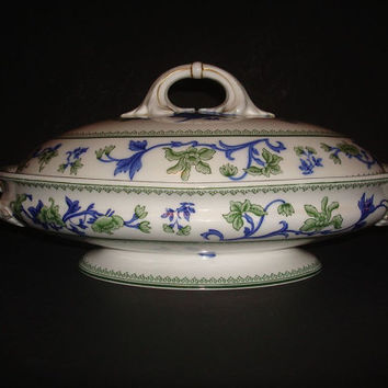 Royal Worcester Wiley Blue & Green Covered Vegetable Dish. d1910.  Casserole.