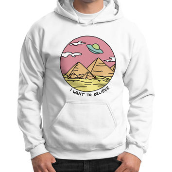 Pyramid X filies Egyptian alien ufo desert sphynx 90s retro 80s Gildan Hoodie (on man)