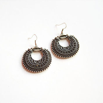 Belly dance earrings, Silver filigree earrings, Oxidized silver filigree hoop earrings, Tribal hoops silver earrings