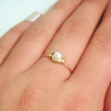 Thin Gold Pearl Ring by MaesDesigns on Etsy