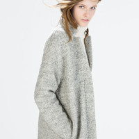 Zipped bouclé coat