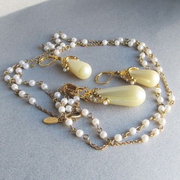 Nolan Miller VIENNA Faux Pearl & Rhinestone Long Vintage Necklace & Dangle Earrings Set