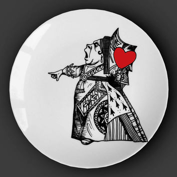 Illustrated ceramic plate, Black and White Pen and Ink Alice in Wonderland drawing - The Queen of Hearts