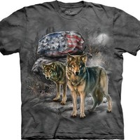 Wolf Pride Rock Patriotic American Flag Men's Tee