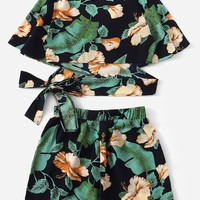Floral Print Criss Cross Wrap Knot Top With Shorts   SHEIN
