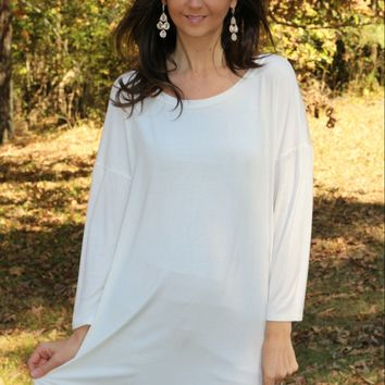 Emerald brand Ivory Lace Trim Knit Tunic Top