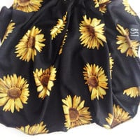 Sunflower Swaddle Blanket // black with sunflowers Receiving Blanket // MJC0920