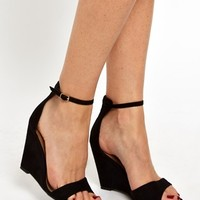 New Look Superior Single Sole Wedge Sandals