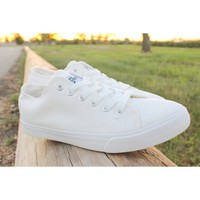 True To The Size All White Casual Canvas Sneakers Trainers Tennis Shoes for Mens by Fear0