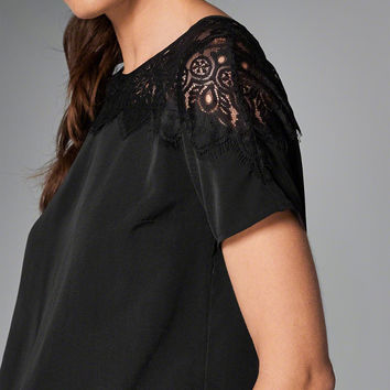 Womens Lace Accent Short-Sleeve Top | Womens Tops | Abercrombie.com