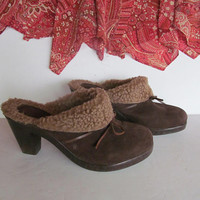 Boho Brown Clog Shoes Brown Slip on Shoes sz 8.5 Clogs Brown Clogs 8 1/2 Shoe Womens Shoes Brown Suede Sherpa Clogs with Heels Earth Spirit