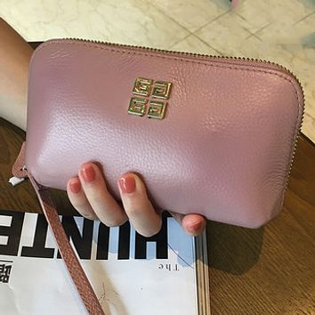 Givenchy new ladies first layer leather leather zipper clutch bag hand bag Pink