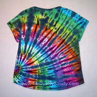 Women's Vneck Tie Dye Shirt Inverted Rainbow by TieDyeBySandy