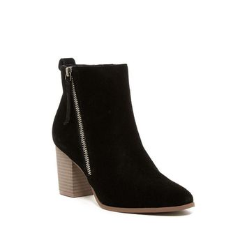 SUSINA Women's Black Suede Tinsley Heel Ankle Boot