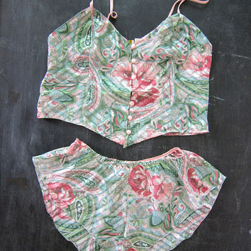 90s VICTORIA'S SECRET Floral Tank Top and Shorts 2 piece matching sleepwear set Women's size small