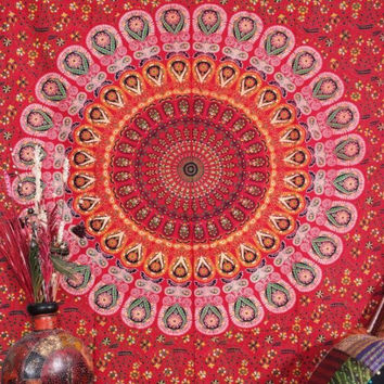 RED MANDALA TAPESTRY : Indian, Bohemian, Red, Wall Decoration, Mandala, Urban Outfitters