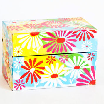 Vintage Psychedelic Crazy Daisy Recipe Box, Tin Storage Container, Recipe File Rainbow Colors, Syndicate Mfg USA