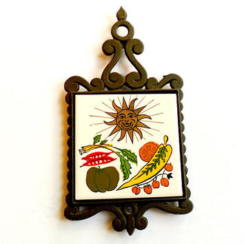 Vintage Enesco Sun Trivet Cast Iron Painted Tile Vegetables Mid Century Retro Kitsch Kitchen Decor Gilded Gold Anthropomorphic Made in Japan