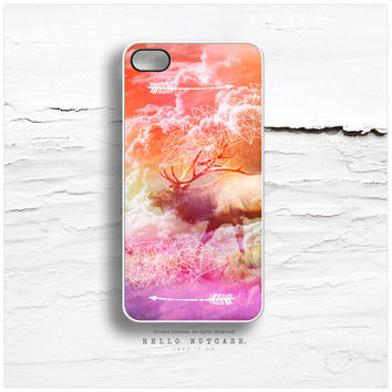 iPhone 4 and iPhone 4S case, Elk Crystal iPhone case, Tribal Deer Arrows iPhone cover, Antlers Cover T147