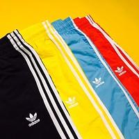 adidas Originals Men / Women adicolor Trefoil Shorts