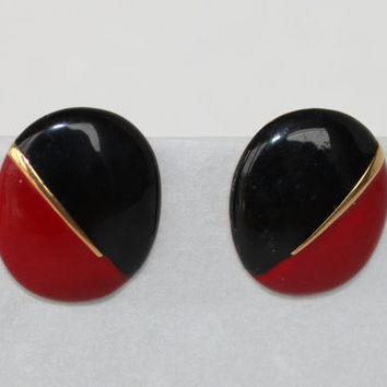 Vintage  Trifari earrings red black gold tone by purrfectstitchers