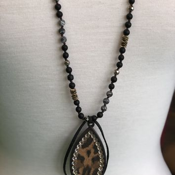 Black wood tear drop with leopard & light silk crystal necklace