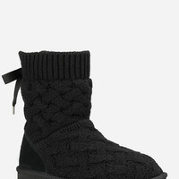 Ugg Isla Womens Boots Black  In Sizes