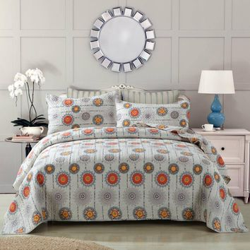 Bohemian Grey Twinkle Constellations Sun and Stars Thin & Lightweight Reversible Patchwork Quilted Coverlet Bedspread Set (KBJ1631)