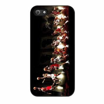 DCKL9 Michael Jordan NBA Chicago Bulls Dunk iPhone 5 Case