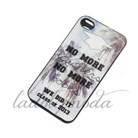GRADUATION IPHONE case no more teachers no more books seniors 2013 hard plastic iPhone case iPhone 4 iPhone 5 summer