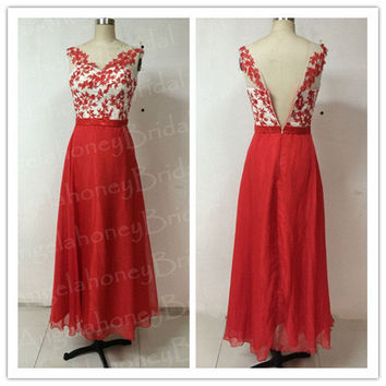 Long Bridesmaid Dresses Chiffon Prom Dresses Sheer Crew Lace Floral Pearls Evening Dresses Wedding Party Dress Formal Red Summer Beach Dress