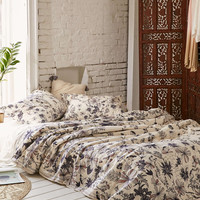 Plum & Bow Scattered Flowers Duvet Cover - Urban Outfitters