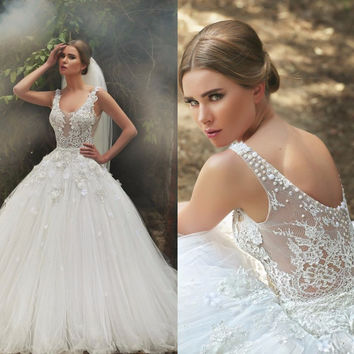 Sexy Charming Ball Gown 2016 Wedding Dresses With Applique Pearls V-neck Sleeveless Backless Bridal Gowns Vestido De Noiva Hot