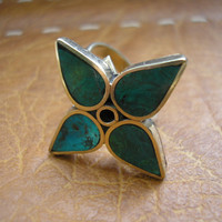 Vintage alpaca silver green stone flower inlay flower pattern adjustable size ring