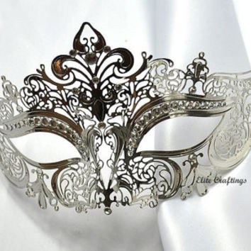 Luxurious Silver Laser Cut Venetian Masquerade Mask Cosplay with Luxurious Rhinestones - Made of Light Metal