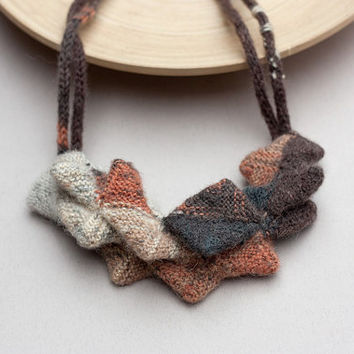 Knitted necklace, chunky necklace, bib necklace, statement jewelry, fiber art jewelry, geometric necklace, earthy colors, OOAK