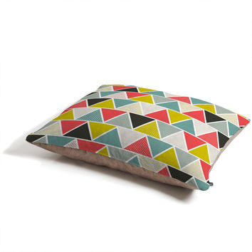 Heather Dutton Triangulum Pet Bed