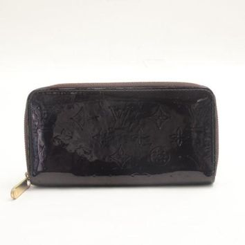Authentic LOUIS VUITTON Vernis Zippy Wallet M93522