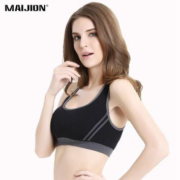 MAIJION Women Sexy Cross Straps Sports Bra, Push Up Shockproof Fitness Yoga Bras, Seamless Crop Top Stretch Gym Athletic Vest
