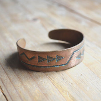 vintage native american geometric solid copper bangle // geometric bracelet //